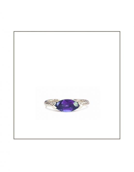 Sterling Silver Hammock 10x5 iolite Ring