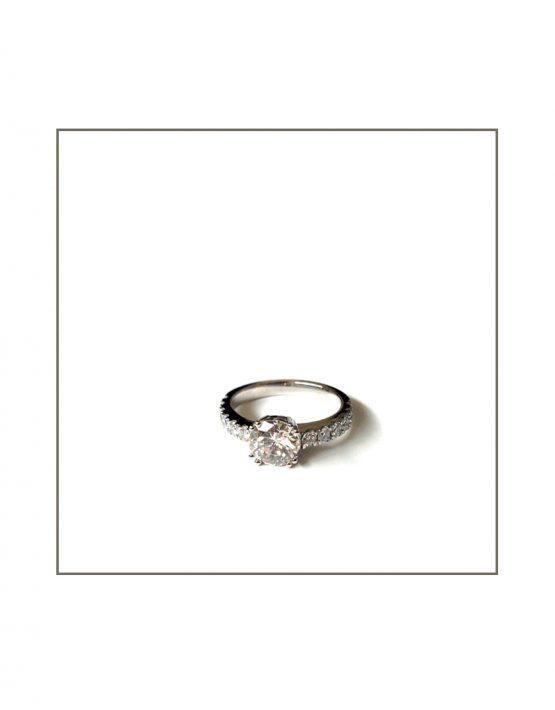 heirloom-diamond-four-claw-set-in-platinum