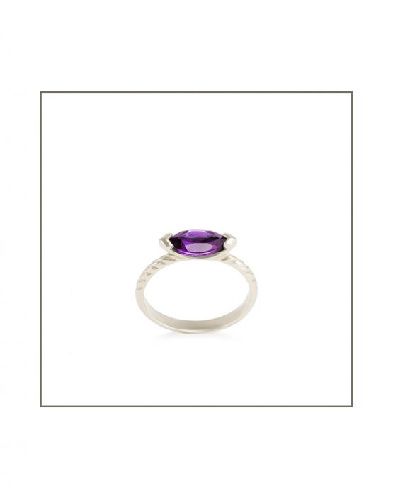 Amethyst and Silver 10x5mm Hammock Ring SIDE