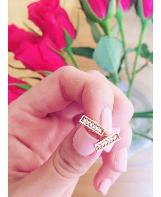 Rose Gold & Diamond Bar Stud Earring Styled