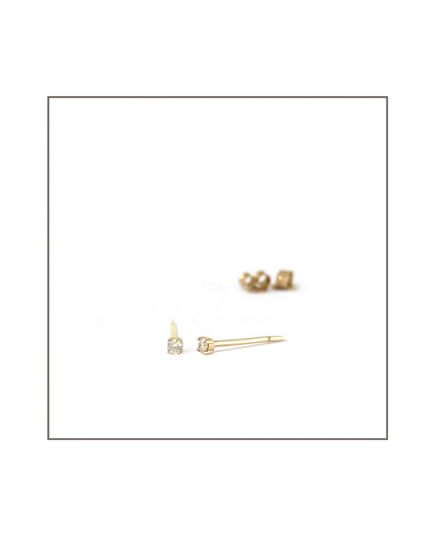 diamond small studs