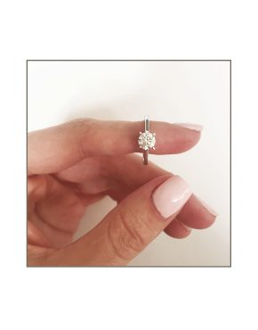 solitaire-in-9ct-white-gold